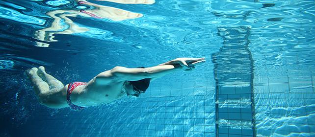 Aangepast zwemonderwijs
